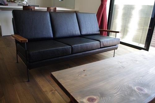 石川で家具(ソファ)をお求めなら!ソファを買い替える時は、使い心地・座り心地に注目-コイルスプリングの特徴と構造-。ソファの画像